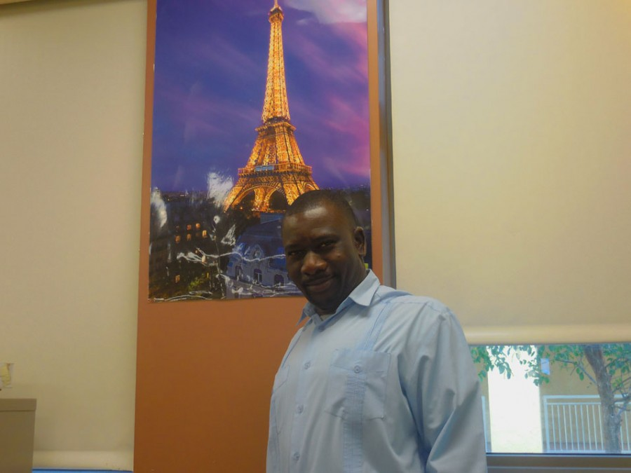 French+teacher+Mr.+Fertil+is+planning+to+take+a+trip+to+Paris+with+attending+students+in+the+2016-17+school+year.