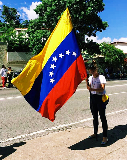 Helena Palis protesting July 4th of 2017 in Caracas, Venezuela.