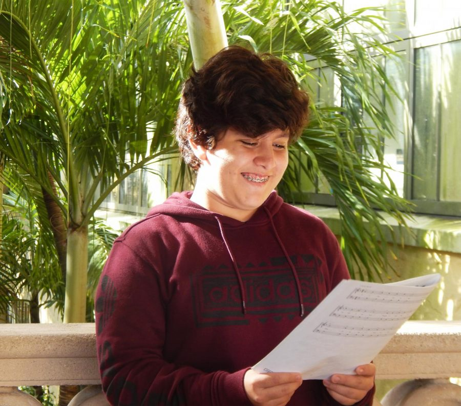 Sophomore Julio Contrera's dream is to become a successful singer and to sing in front of crowds of people.